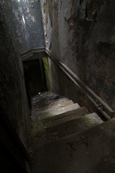 basementstairs
